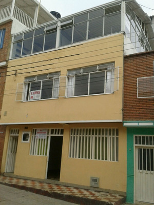 Oferta Casa Con Pisos Independientes En Centro Anapoima