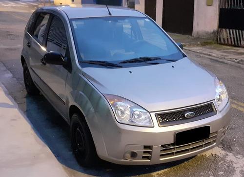 Ford Fiesta 1.0 8v Flex Class 5p