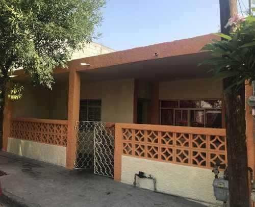 Casa En Venta En San Nicolas En La Francisco Villa