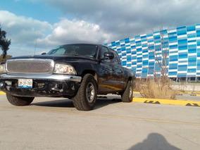 Pick Up Dodge Dakota Doble Cabina.