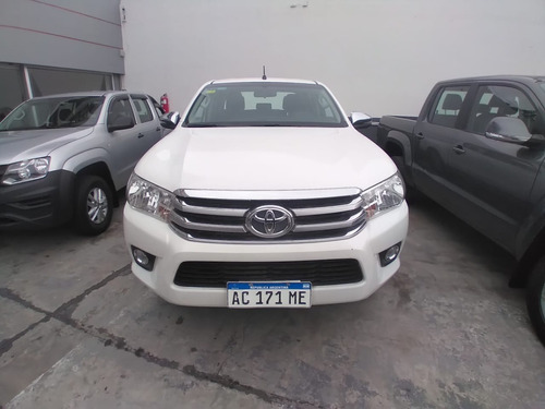 Toyota Hilux Sr 4x2 Manual 2018 46.000km Blanco Impecable