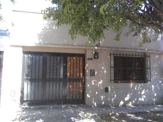 Ph Tipo Casa En Venta En La Plata Con Parque Y Quincho