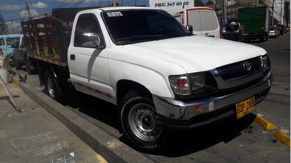 Vendo O Permuto Toyota Hilux 4x2