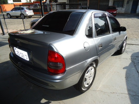 Corsa Sedan Super 1.0 Ano 1998
