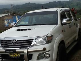 Toyota Hilux Full Se Alquila.
