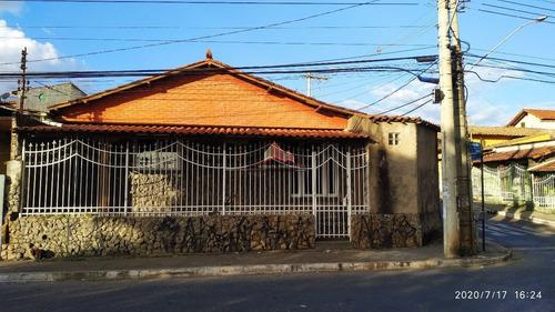Casa Com 4 Quartos No Conjunto Água Branca - 2526