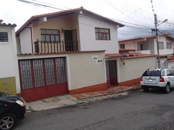 Casa Los Próceres, Calle Zulia