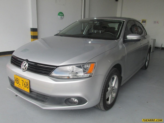 Volkswagen Nuevo Jetta Trendline 2.5