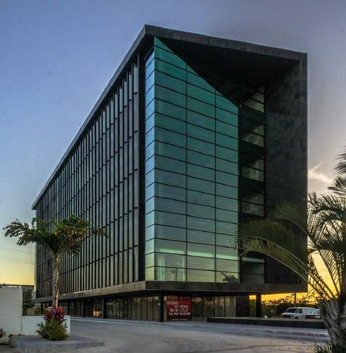 Imagen 1 de 21 de Oficina En Edificio Black, Un Icono En Mérida