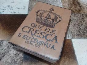 Bíblias Personalizadas Com Capa De Couro Pirografada.