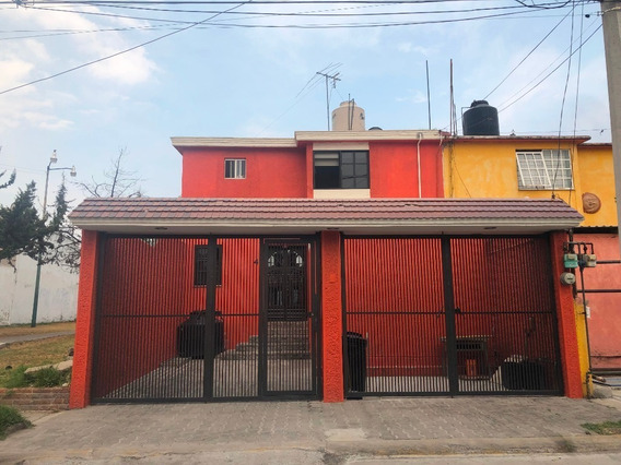 Amplia Casa En Excelente Ubicación Y Condiciones