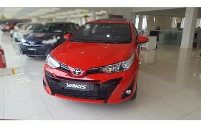 Toyota Yaris 1.5 Xls Connect Cvt Com Teto Solar