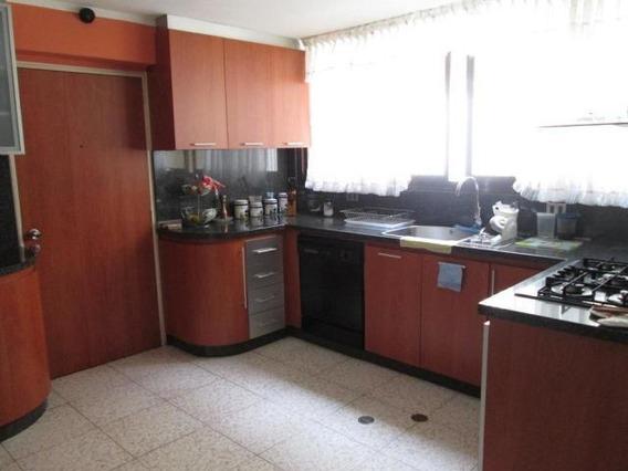 Apartamento En Venta En Urb Miranda Mls #20-2565