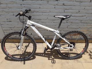 Bicicleta Mountain Bike Gt Avalache 2.0 All Terra