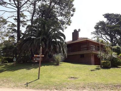 Casa En Villa Gesell. Acepta Permuta En Bs As Oportunidad !!!!