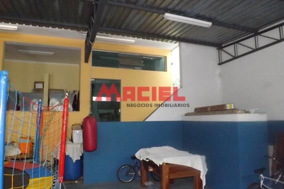 Venda - Casa - Centro - Santa Branca - Dorm 3 - Valor R$ 954 - 1033-2-71618