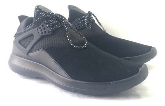 Tenis All Black Jordan Fly
