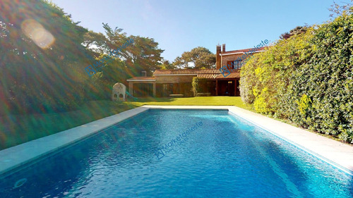 Playa Brava - Espectacular Casa