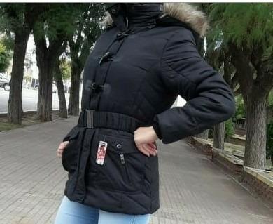 Campera Dama Skr Con Abrigo Por Dentro Capucha Desmontable