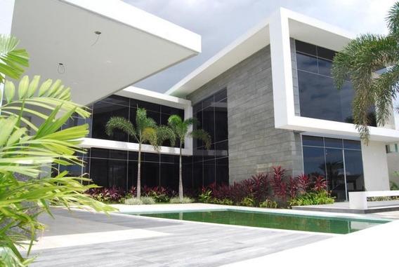 Rentahouse Vende Casas En Lecheria Maria Estela Boada