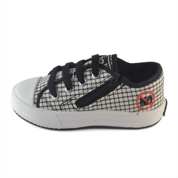 Zapatilla Cuadritos Cordón Y Cierre Small Shoes