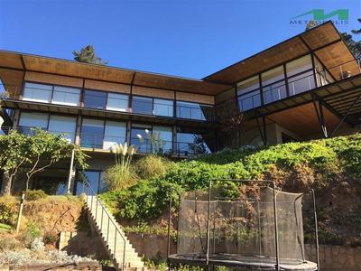 Casa En Arriendo En Vichuquén