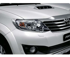 Aplique Cromado Farol Toyota Sw4
