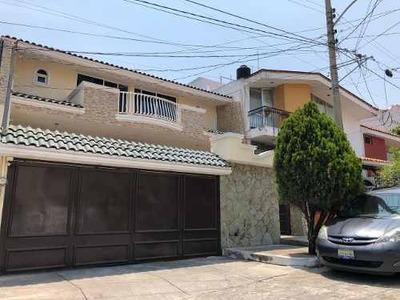 Venta Casa Providencia Remodelada 5 Hab, 3.5 Baños, Remato