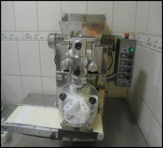 Maquina De Salgados E Masseira 10 Kg