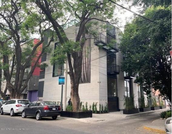 Casa En Venta En Colonia Condesa 20-2106 Ru