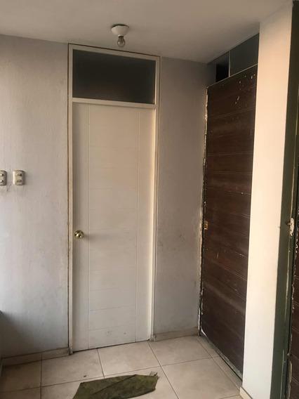 Alquilo Cuarto Con Baño En San Juan De Miraflores, S/ 350
