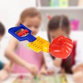 Mao Braço Bionico Infantil Brinquedo Plastico Vai Vem