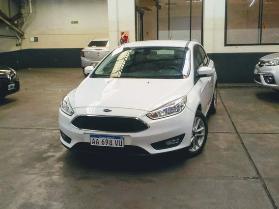 Ford Focus S 2016 (jcf)