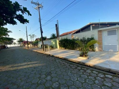 Imagem 1 de 14 de Casa Alto Padrão Com Edícula Em Peruíbe Sp - 6960   Npc