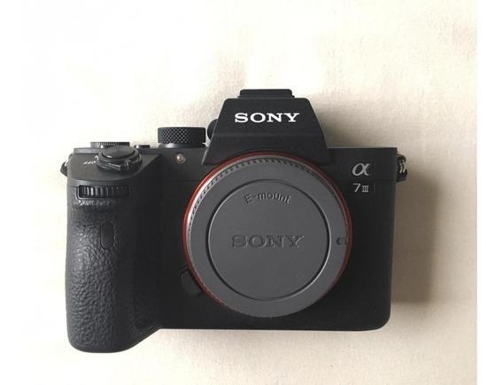 Sony A7iii + Lente Original 50mm + Capinha De Silicone