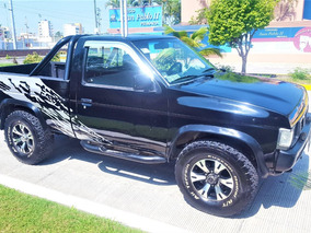 Nissan Pick-up 4x4 Mod. 1994 4 Cil. , Estanda Todo Tereno