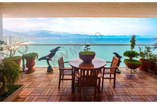 Condominio Exclusivo Con Vista Espectacular Al Mar / Infinity Ocean View Condo