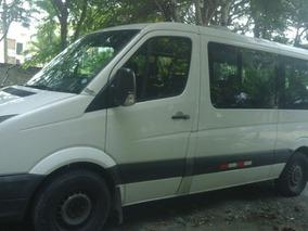 Buseta Volswagen Crafter 30 16 Pasajeros 2014