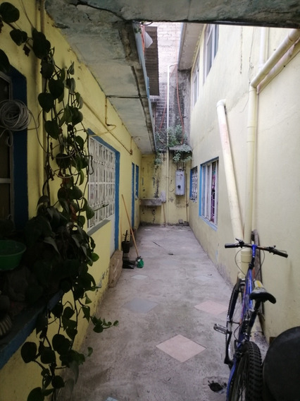 Casa Con 7 Cuartos Para Rentar