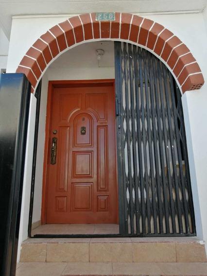 Casa De Arriendo Los Laureles Norte De Quito