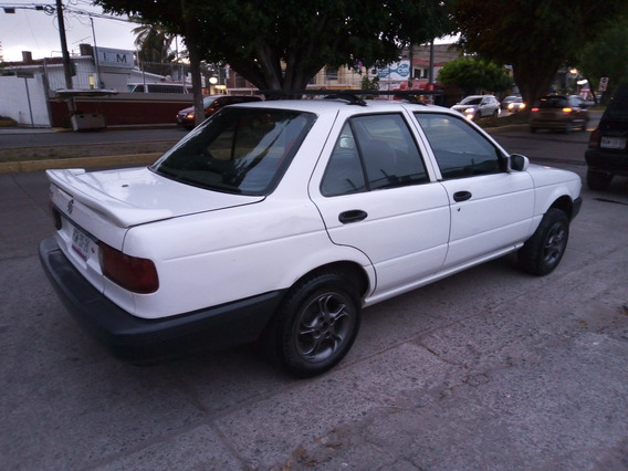 Nissan Tsuru Automático