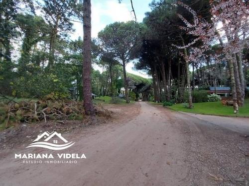 Terreno En Venta En Carilo. Zona 2. Esquina.