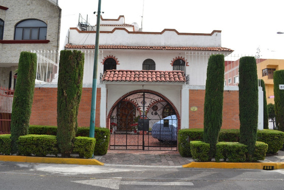 Casa Colonial En Haciendas De Coyoacán Dentro De Privada.