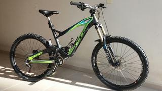 Bicicleta Gt Carbon Force Expert 27,5