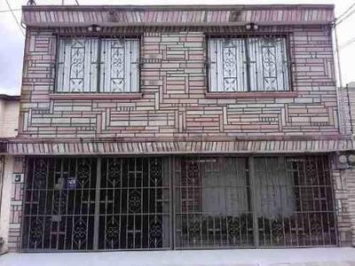 Casa Sola En Venta En Valle Dorado, Tlalnepantla De Baz, México