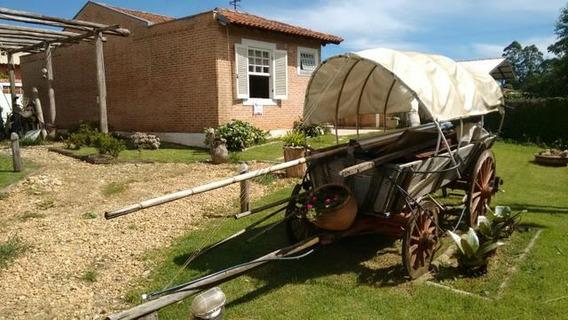 Chalé Com 2 Quartos Para Comprar No Zona Rural Em Poços De Caldas/mg - 1009