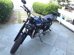 Triumph Bonnevile 800