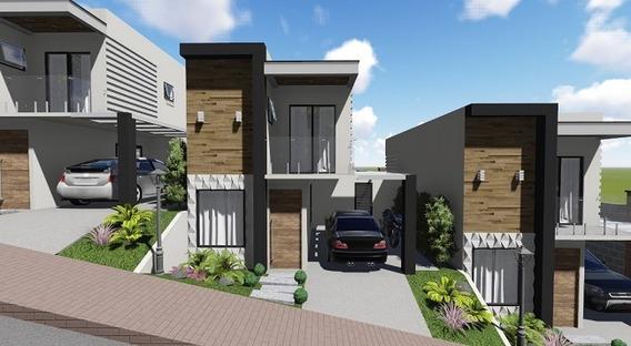 Casa Com 3 Quartos Para Comprar No Belvedere Em Poços De Caldas/mg - 2863