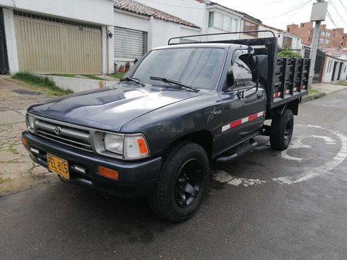 Toyota Hilux 1998 2.4l 117 Hp 4x2