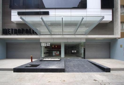 Oficina 114 M2 Edificio Moderno Frente A La Embajada De Usa